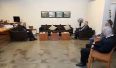 جعجع عرض مع السفير التونسي آخر التطورات السياسية