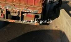 التحكم المروري: تعطل شاحنة على اوتوستراد ذوق مصبح باتجاه نهر الكلب