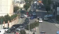 التحكم المروري:تصادم بين مركبتين على طريق كورنيش المزرعة باتجاه الكولا