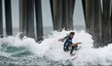 قرش يلتهم راكب أمواج في كاليفورنيا