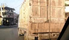 توقيف سائقي شاحنات محملة بالنفايات في فنيدق