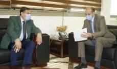 حسن بحث مع رئيس جامعة بيروت العربية في اعتماد مختبرها لإجراء فحوص على الأدوية