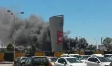 حريق هائل يلتهم مبنى في مطار هواري بومدين في الجزائر