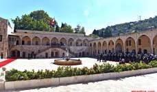 بدء إجتماع المجلس الأعلى للدفاع برئاسة عون في بيت الدين
