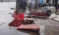 """""""ميني تورنيدو"""" في بحر صيدا وأضرار بالممتلكات في شارع رياض الصلح بسبب العاصفة"""