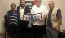 حمدان التقى وفدا فلسطينيا: صفقة القرن سقطت وعلى الحكومة إعطاء الفلسطينيين أبسط حقوقهم