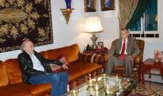 جنبلاط يستقبل كوبيتش والسفير التركي في لبنان