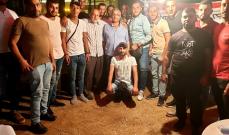 """اسامة زار خيمة الاعتصام المفتوح الذي نصبها مجموعة من الشباب الصيداوي في ساحة """"الشهداء"""""""