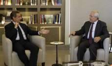 سليمان استقبل ساركوزي ووفداً من قيادة الجيش: الاستراتيجية الدفاعية تعزز النمو