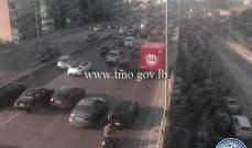 حركة المرور كثيفة من النقاش باتجاه أنطلياس وصولا إلى نهر الموت