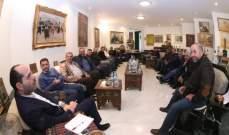 حسن مراد عرض مع وفد نقابة مزارعي البقاع دعم القمح