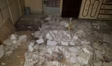 النشرة: انهيار سقف مبنى في عين الحلوة ولا اصابات