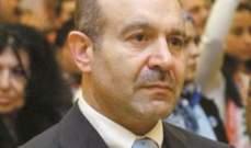 علوش: اصبح واضحا ان الرئيس عون يحتفظ بالحكومة كرهينة لمجرد حقده على الحريري