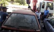 بلدية طرابلس تنفذ حملة حجز سيارات مهملة في القبة وجبل محسن