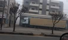 مواطن أقفل مدخل مصرف في بر الياس بشاحنة طويلة