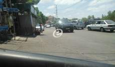 النشرة: محتجون قطعوا طريقا في البرامية بصيدا احتجاجا على تردي الأوضاع المعيشية