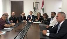 بطيش استمع لشكوى مالكي الشاحنات العمومية في مرفأ بيروت: سنرفعها لوزارة الأشغال