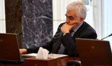 وزير الخارجية يرد على منتقديه: استقبالي للمساعدات الفرنسية رسالة سياسية
