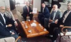 وفد من الجالية الفلسطينية في هولندا زار مقر السفارة اللبنانية