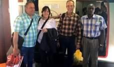 عودة 4 أفراد بفريق طبي كوبي كانوا محتجزين في بوليفيا إلى بلادهم