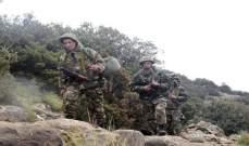 الجيش الجزائري يكتشف مخبأ للأسلحة والذخيرة بعين قزام جنوبي البلاد