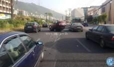 جريح نتيجة تصادم بين 3 مركبات وانقلاب احداها على اوتوستراد كازينو لبنان