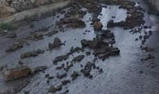 قطع طريق السواد في الضنية بسبب انهيار جدران أراضي زراعية