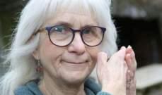 امرأة بريطانية تعاني من فقدان الشعور بالألم بشكل مطلق