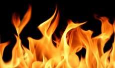 اخماد حريق اعشاب واطارات وبؤرة لتجميع كسر السيارات في معروب