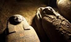 اكتشاف عشرات التوابيت ببئر سقارة الأثري في مصر