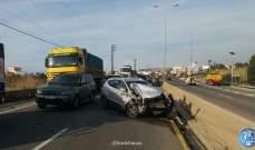 التحكم المروري: جريحان بحادث اصطدام مركبة بالفاصل الاسمنتي في العقيبة