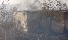 حريق قطع طريق صيدا البحرية قبل إخماده من الدفاع المدني وإطفاء صيدا والجيش