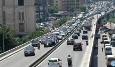 تصادم بين 3 سيارات على جسر الكولا باتجاه نفق سليم سلام وحركة المرور كثيفة