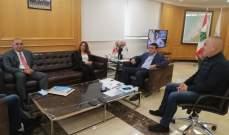 نجار عرض مع عكر تداعيات الحريق الذي وقع امس في مرفأ بيروت