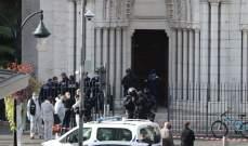 الغارديان: هجوم نيس يعد تحديا خطيرا لماكرون الذي وعد بشن حملة على التطرف الإسلامي