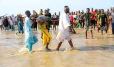 إنقاذ 22 شخصا وانتشال 76 جثة في حادثة غرق قارب في نهر بنيجيريا