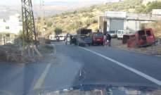 النشرة: محتجون قطعوا طريق حاصبيا عين قنيا بالحجارة والأتربة لبعض الوقت