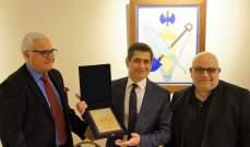 قيومجيان زار مقر الرامغافار: ندعو الشباب الأرمني للمزيد من الانخراط في الدولة