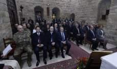 وصول الرئيس عون الى دير مار انطونيوس في بعبدا لحضورالقداس الالهي