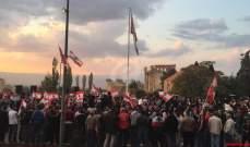 النشرة: المتظاهرون ببعلبك نقلوا اعتصامهم الى ساحة خليل مطران