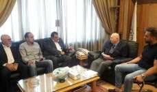 كبارة التقى جمعية الصناعيين ونقابة مالكي الشاحنات العمومية