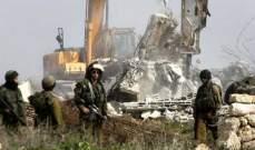 طائرة حربية إسرائيلية تقصف موقعا شمال بلدة بيت لاهيا شمال غزة