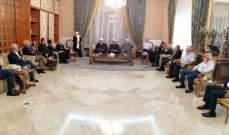 الحريري تستقبل فاعليات:الحل بالعودة للمؤسسات وإصلاحات تعيد الثقة بالدولة