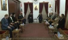 وفد من حزب الله جال على كنائس صور مهنئاً بالأعياد المجيدة