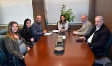 عبد الصمد عرضت مع وفد نقابة مخرجي الصحافة ومصممي الغرافيك مشروع توحيد العمل النقابي
