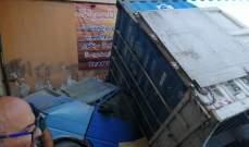 الدفاع المدني: مقتل سوري جراء انقلاب شاحنة عليه في بدنايل- بعلبك