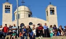 بدء القداس في بازيليك سيدة المنطرة لمناسبة افتتاح الشهر المريمي