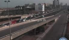 حركة المرور كثيفة من النقاش باتجاه جل الديب وصولاً الى نهر الموت
