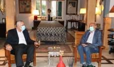 جنبلاط: مصير لبنان على المحك اذا لم تتشكل الحكومة في اقرب فرصة