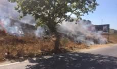 إخماد حريق أعشاب وأشجار في المديرج وحريق أعشاب في شامات